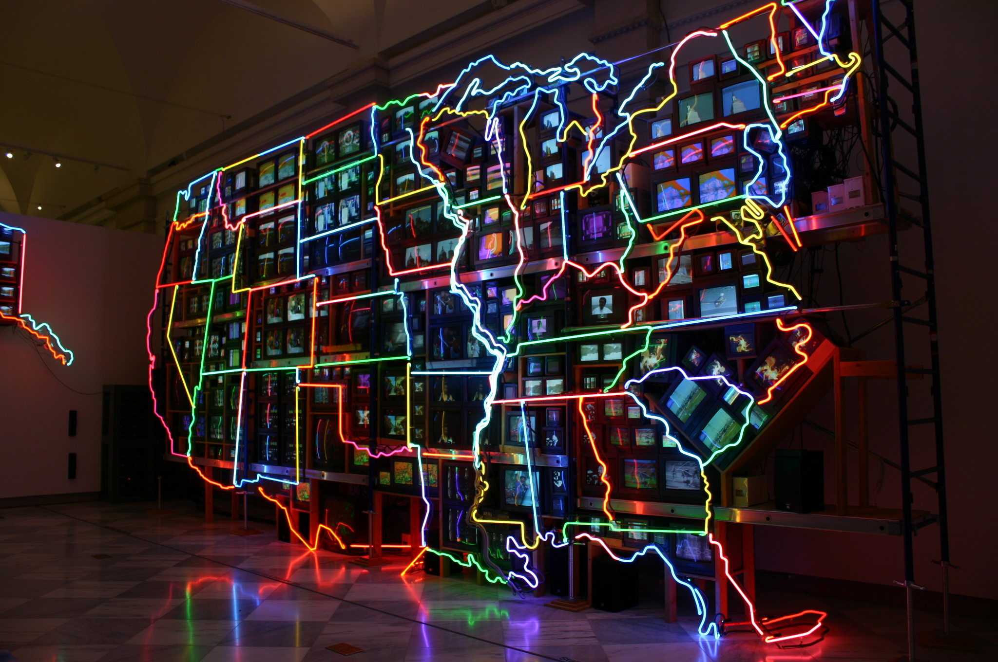arts design nam june paik at smithsonian american art museum.